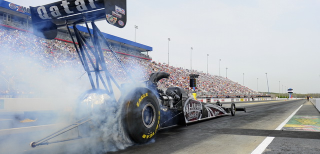 NHRA_Langdon-burnout640_CLT1