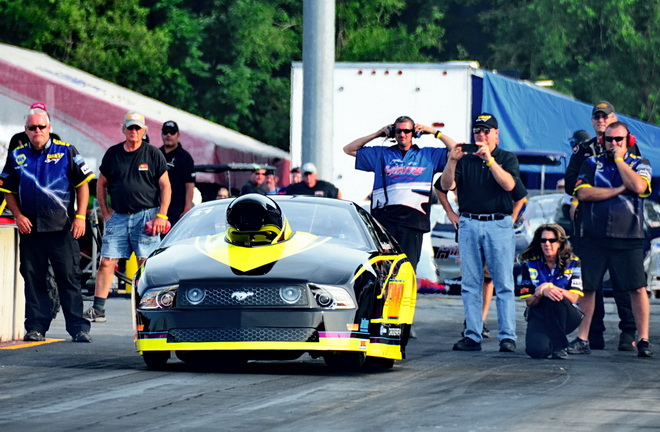 In his second appearance with the PDRA this year, Lucasville, OH's Brian Gahm powered his 2013 Mustang to the top spot in round one of Extreme Pro Stock qualifying with a pass of 4.109 seconds at 175.02 mph.